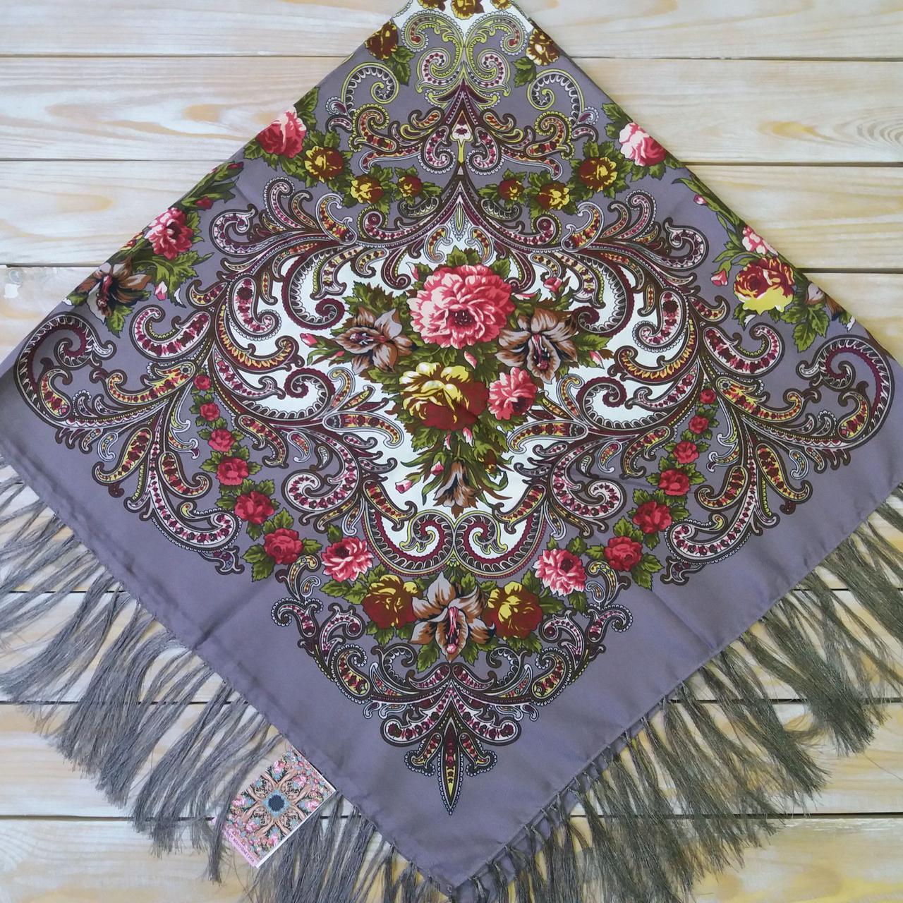 Женский платок с цветами(120х120см, 80%-шерсть)