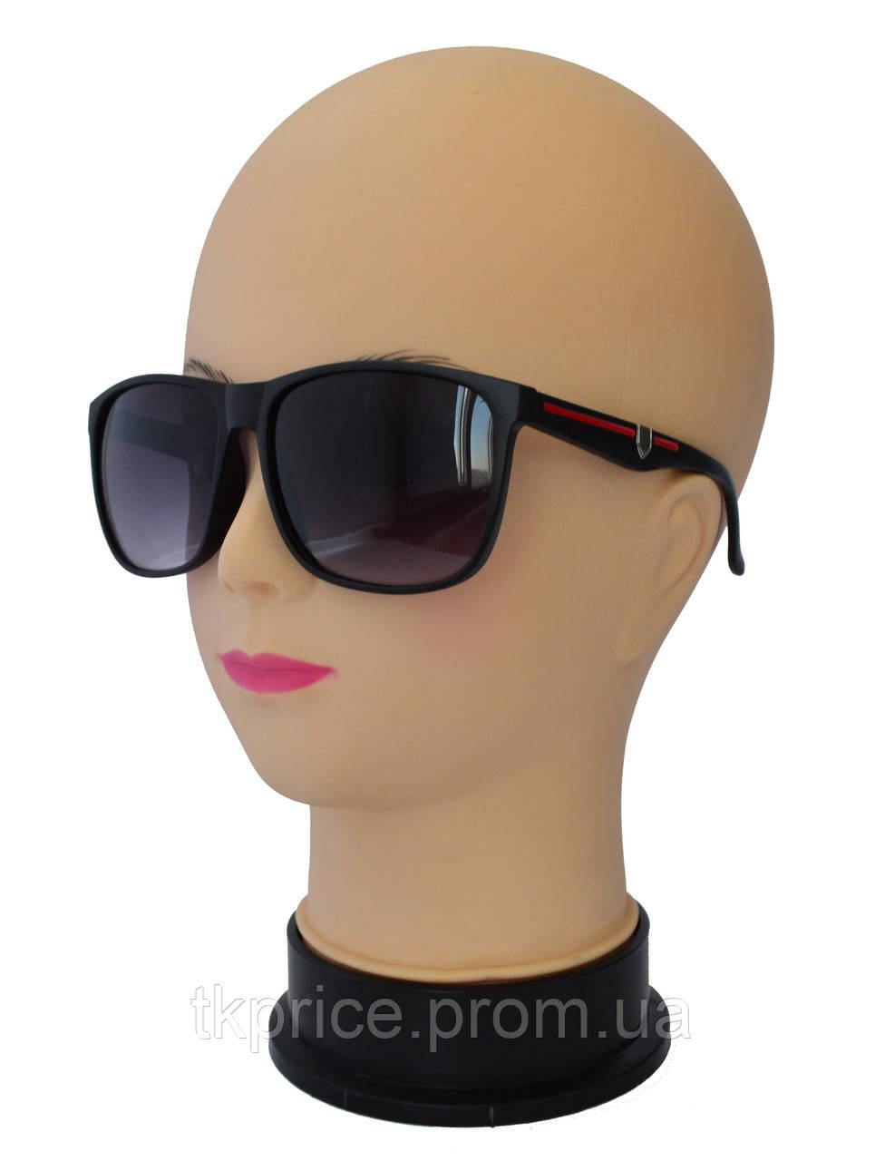Мужские солнцезащитные очки матовые