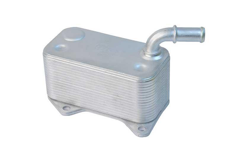Радиатор масляный Volkswagen Audi 2004- (2.0FSI-TFSI) KEMP