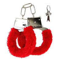 Меховые наручники красные