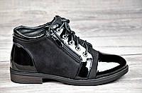 Женские весенние ботинки полусапожки черные ботильоны на низком ходу искусственная замша кожа лак (Код: 1066)