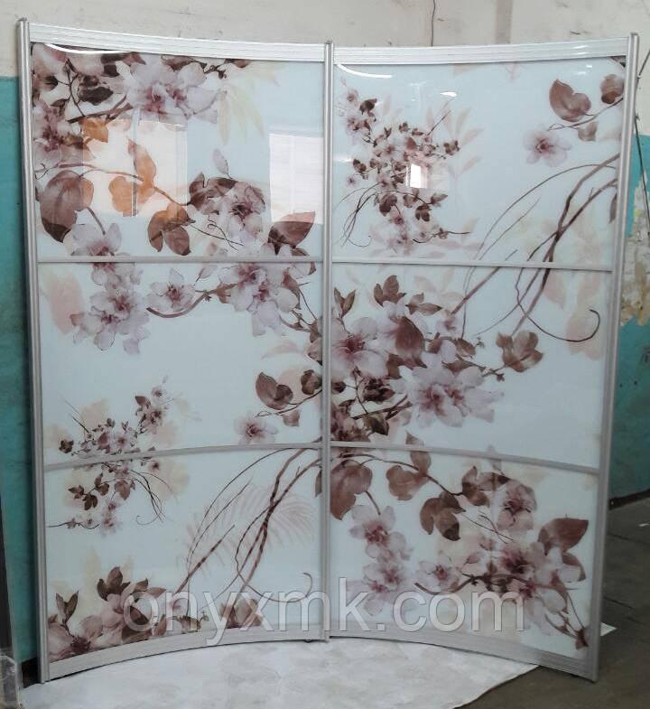 Шкаф радиусный с цветами