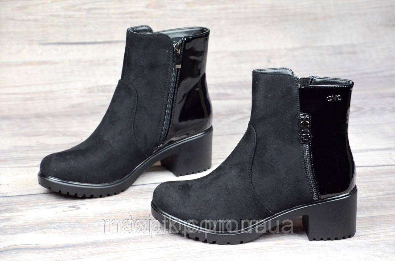 Женские ботинки весна полусапожки черные ботильоны с широким каблуком искусственная замша лак (Код: 1064а)