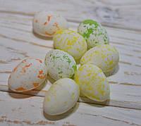 Яйца разноцветные 3,5*2,5см  набор 8шт