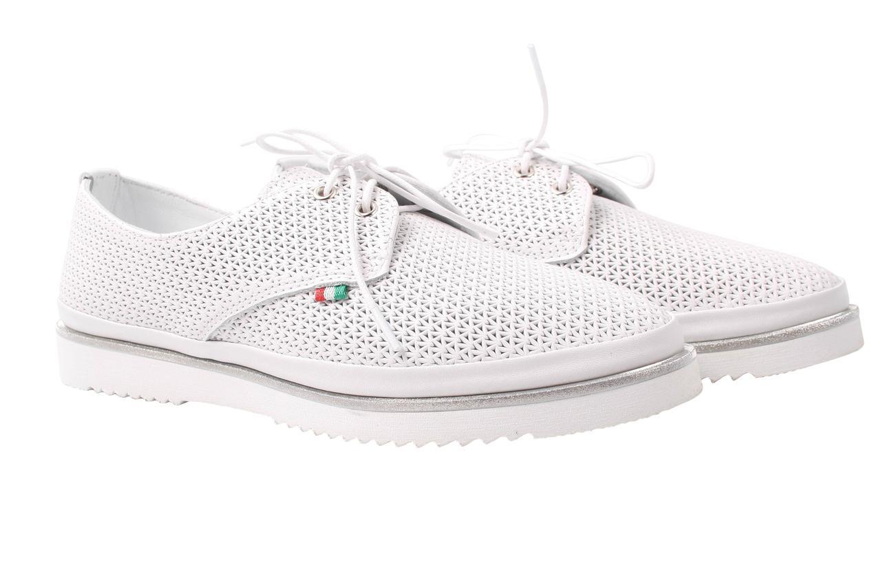 Туфли женские Viscala натуральная кожа, цвет белый (платформа, стильные, комфорт)