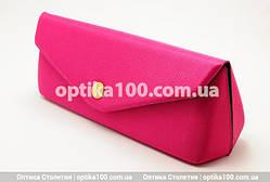Розовый женский футляр для очков на кнопке