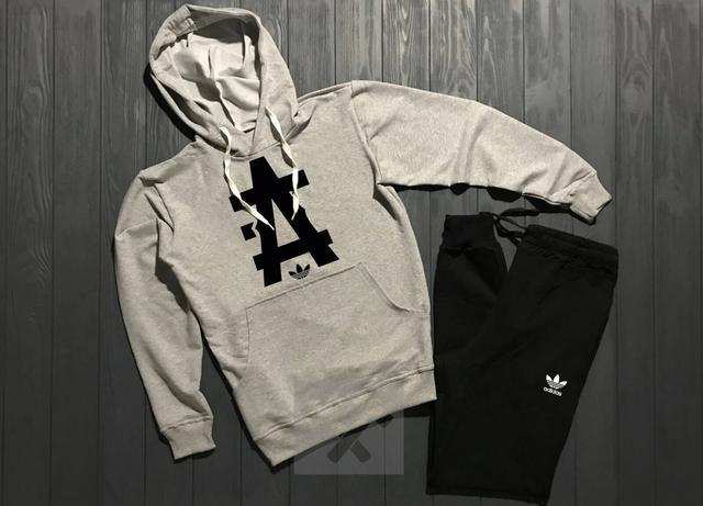 Спортивный костюм Adidas Originals А черно-серого цвета с черным логотипом