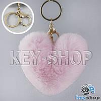 Светло - розовый пушистый меховой брелок сердце, с кольцом и карабином на сумку, рюкзак