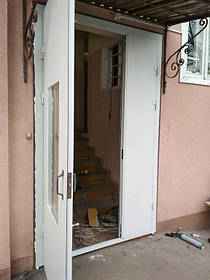 Двери в подезд 3