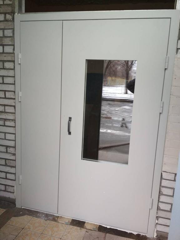 Двери в подезд