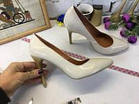 Женские туфли лодочки из натуральной  кожи
