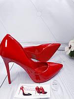 Туфли женские лодочки  красный лак