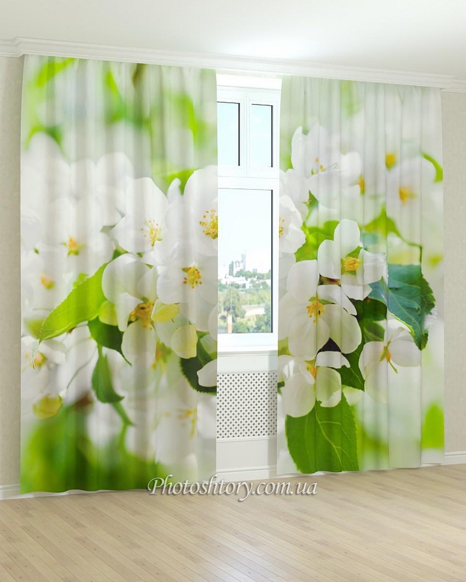 Фотошторы листья и белые цветы