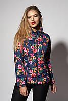 Женская демисезонная куртка в цветочный принт