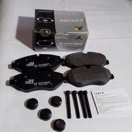 Комплект Тормозных колодок Mercedes Vito 639 Мерседес Вито 639 (2003-) A0044208320. Передние. ROADHOUSE Испания