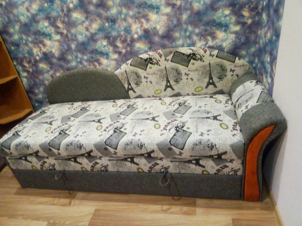 Индивидуальный подбор мебели для комнаты.