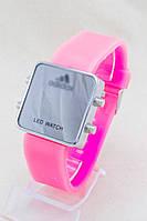 Наручные часы LED розовые (Копия)
