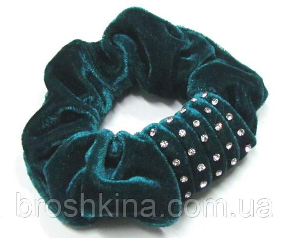 Велюровая резинка для волос со стразами d 13 см зеленая
