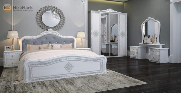 Спальня Пуіза