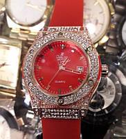 Женские часы Hublot Geneve Big Bang King 882888 115325 золотистые с красным циферблатом и календарем