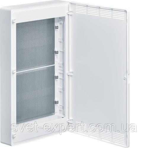 Щит 4-рядний для ММ-обладнання з/у білі пластикові перфоровані двері GOLF
