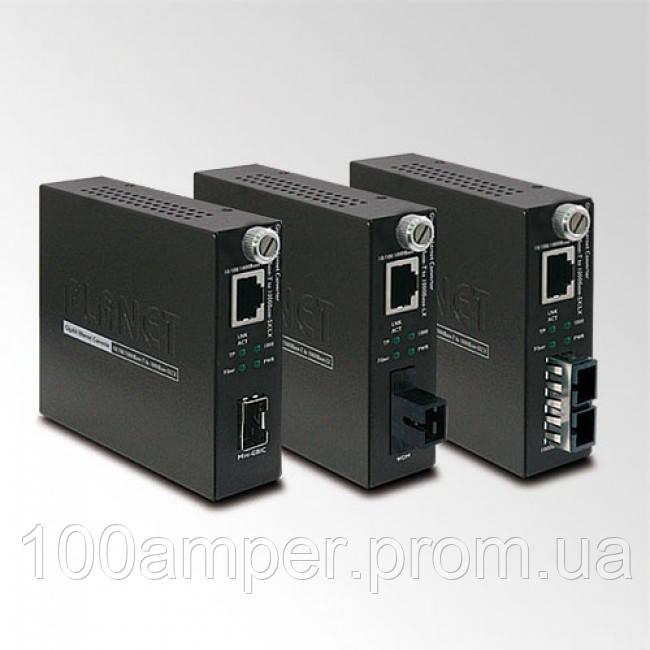 Управляемый медиаконвертер Planet GST-802S (10/100/1000Base-T to 1000Base-LX(SC,SM)10km)