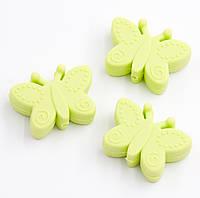 """Силиконовые бусины """"Бабочки"""" нежно салатовые 30х22х10 мм"""
