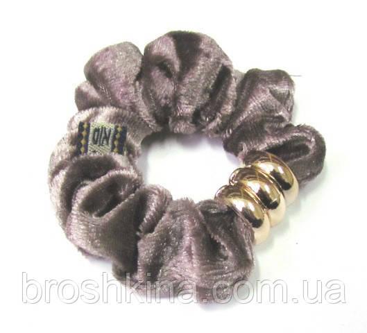 Велюровая резинка для волос с пластиковыми кольцами d 8 см серая