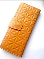 Бежевый кожаный женский кошелек, портмоне