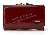 Маленький надежный женский кожаный лаковый кошелек высокого качества SALFEITE art. 2103-YF3-44 красный, фото 1