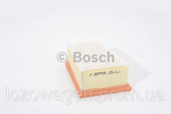 Фильтр воздушный на Renault Duster бензин 1.6i 16V, 2.0i 16V BOSCH 1457433529