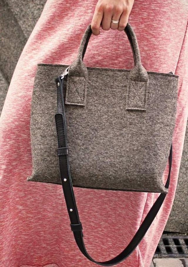 """Жіноча сумка з фетру """"Lady""""ручної роботи"""