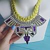 Колье серебристое Тхалиси с салатовой косой, фиолетовыми камнями и белыми стразами, фото 3