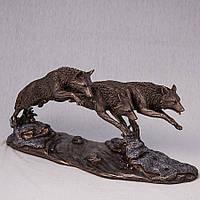 Статуэтка Три волка Veronese 37 см 73125A4, символ храбрости