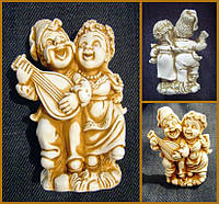 "Глиняна статуетка ""Козак і Козачка"", фігурка, Глиняная статуэтка Казак и Козачка, розміри фігурки: 7х6х3 см"