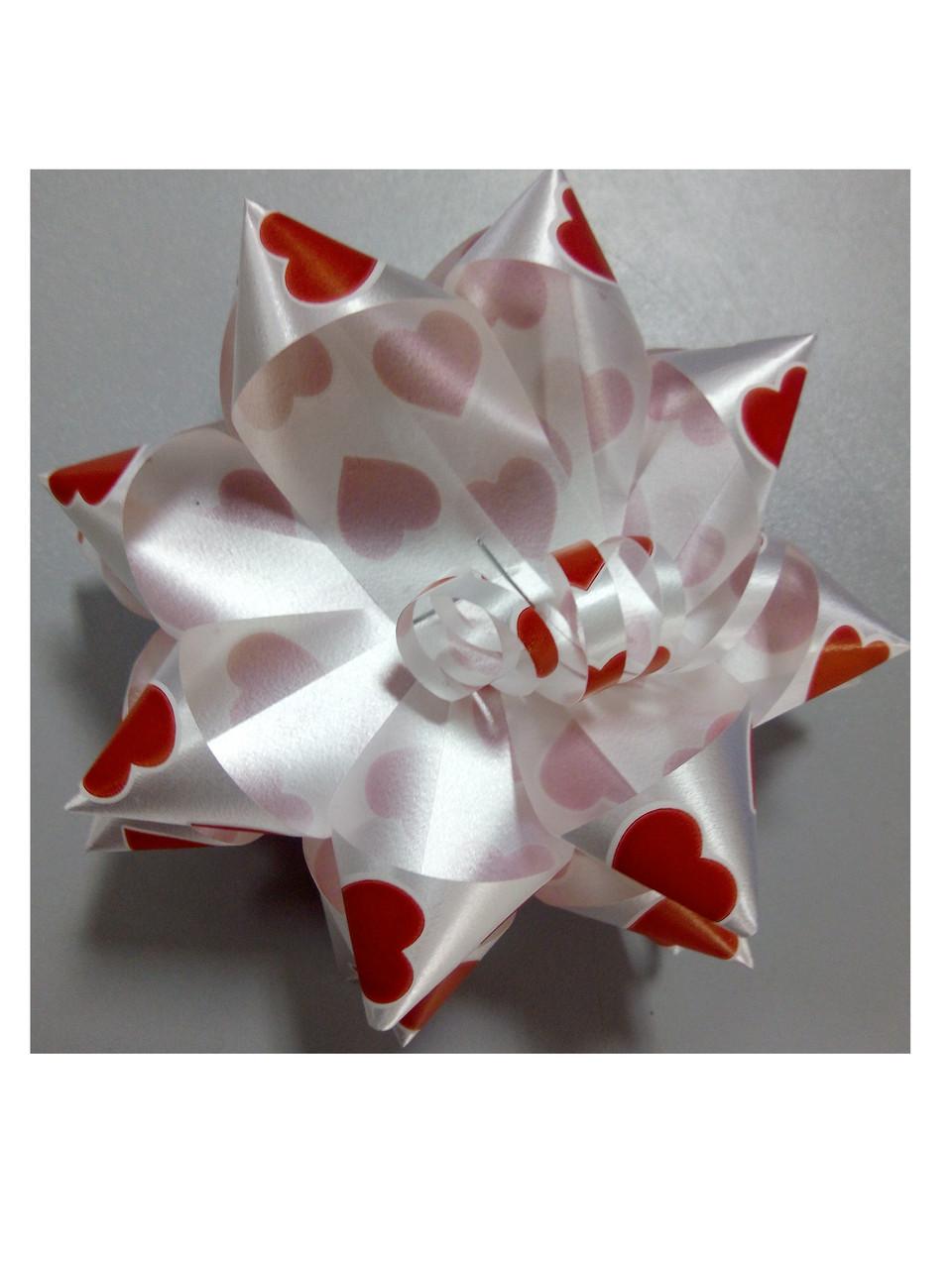 Бантик звёздочка белый красные сердечки