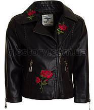 Черная кожанка для девочки GLO-Story с розами