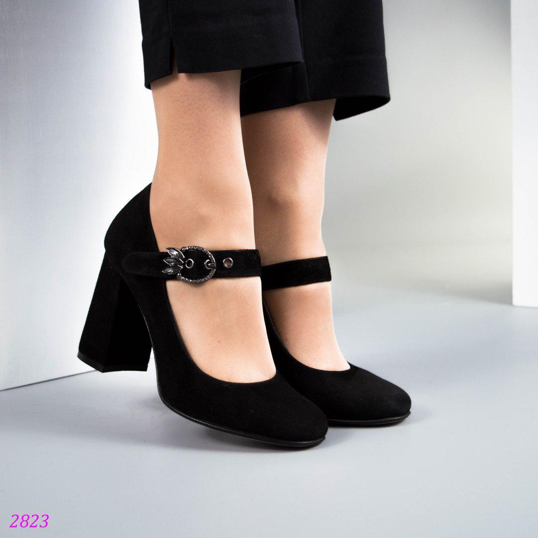 d002cb5faa50 Женские черные туфли на среднем каблуке 37 38 40 -