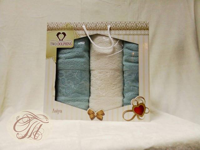 Набор махровых полотенец 3 шт  Розочки-1