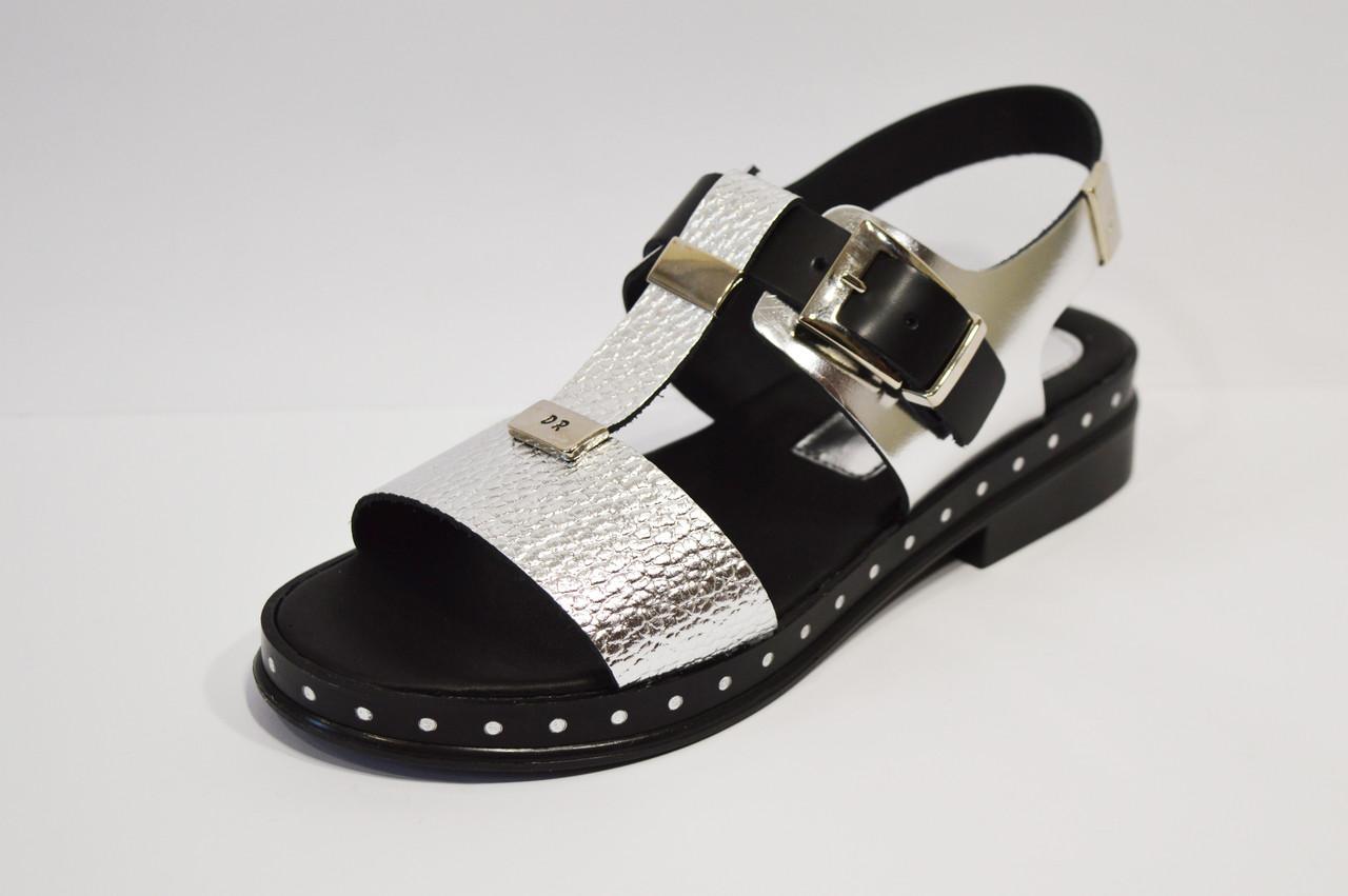 Серебристые кожаные босоножки Donna Ricco 7511