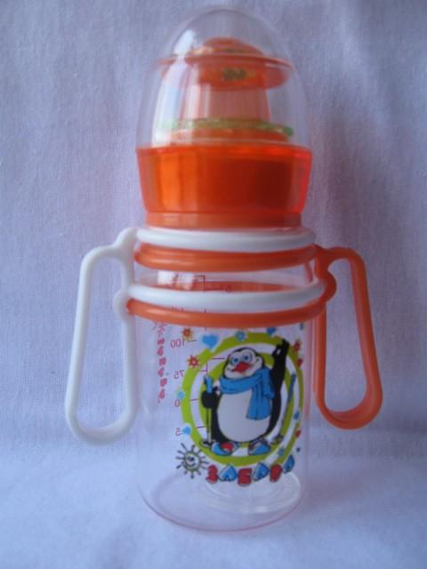 Бутылочка с погремушкой пластиковая с подвижными ручками 125 мл, арт. 092,090- 1 шт