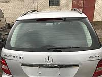 Стекло заднее Mercedes w164 ML-class