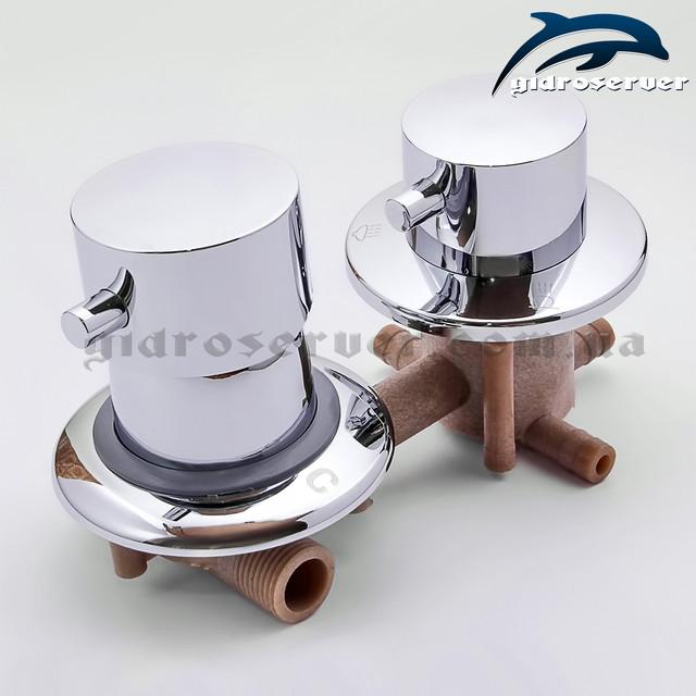 Смеситель для душевой кабины, гидромассажного бокса S3-100 пластиковый с расстоянием между центрами 100 мм.