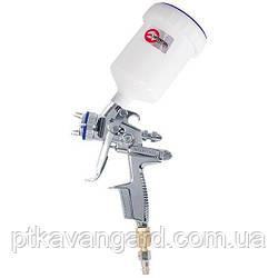 HVLP II Профессиональный краскораспылитель 1,3 мм, верхний пластиковый бачок 600 мл INTERTOOL PT-0105