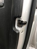Замок двери передний правый Mercedes w164 Ml-class