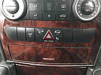 Блок кнопок аварийки Mercedes w164 Ml-class