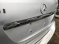Молдинг крышки багажника Mercedes w164 Ml-class