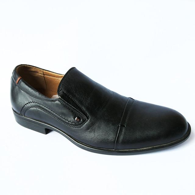 кожаная мужская обувь украинских производителей стильные черные туфли под ложку от харьковского производителя Rondo