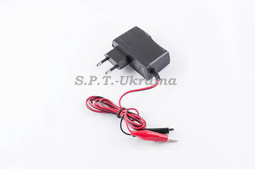 Зарядное устройство для АКБ 12V 1А/ч KOMATCU