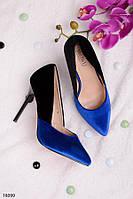 Женские туфли на шпильке с синим носком